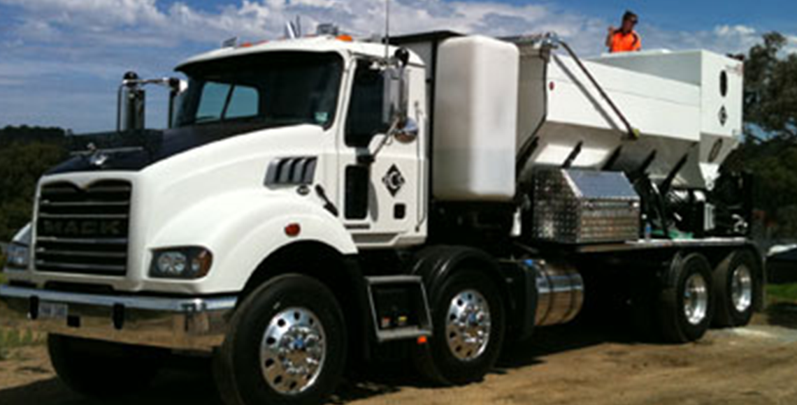 mobile cement mixing truck